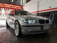 Selling Brightsilver BMW 318I 2003 in Quezon