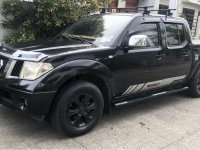Black Nissan Navara 2010 for sale in Binan