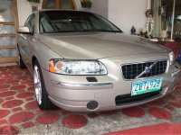 Selling Beige Volvo S60 2005 in Quezon