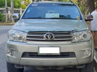 Selling Brightsilver Toyota Fortuner 2010 in Quezon