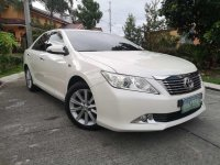 Selling White Toyota Camry 2012 in Manila