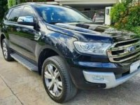 Selling Black Ford Everest 2016 in Alicia