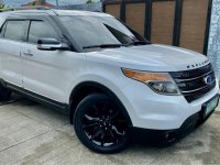 Selling Pearlwhite Ford Explorer 2012 in Malolos