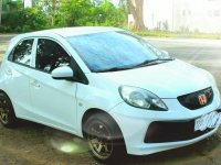 Selling White Honda Brio 2015 in Olongapo