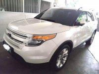 White Ford Explorer 2013 for sale in Pasig