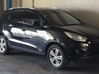 Selling Black Hyundai Tucson 2012 in Makati
