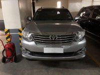 Selling Silver Toyota Fortuner 2015 in Makati