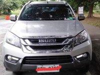 Selling Silver Isuzu MU-X 2016 in Calamba