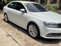 Selling White Volkswagen Jetta 2016 in Cainta