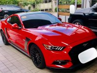 Red Ford Mustang 2017