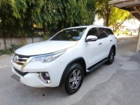 Selling White Toyota Fortuner 2017 in Batangas