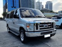 Selling White Ford E-150 2010 in Pasig