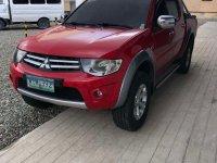 Selling Mitsubishi Strada 2013
