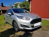 Selling Grey Ford Fiesta 2014 Hatchback