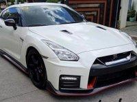 White Nissan Gt-R 2018