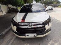 Selling Pearl White Toyota Innova 2016