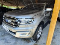 Selling Silver Ford Everest 2016 in Manila