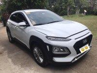 Sell White 2019 Hyundai Kona