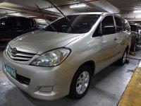 Silver Toyota Innova 2009