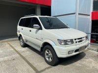 Pearl White Isuzu Crosswind 2003 for sale in Taytay