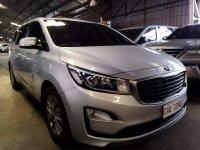 White Kia Grand Carnival 2020 for sale in Automatic