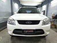 Sell White 2012 Ford Escape in Manila