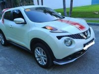 Pearl White Nissan Juke 2015 for sale in Automatic