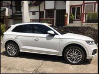 White Audi Q5 2018 for sale in Pasig