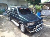Selling Green Isuzu Hilander Crosswind 2000 in Bacoor
