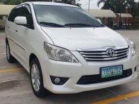 White Toyota Innova 2012 for sale in Pateros