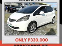 Selling White Honda Jazz 2010 in Mandaue