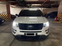 White Ford Explorer 2017 for sale in Makati