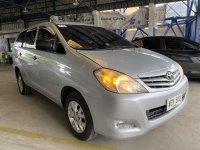 Selling Silver Toyota Innova 2011 in San Fernando