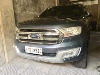 Grey Ford Everest 2016 for sale in Las Piñas