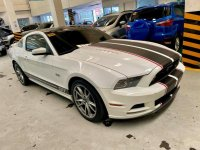 Pearl White Ford Mustang 2014 for sale in Mandaluyong