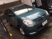 Green Toyota Innova 2011 for sale in Manual
