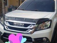 Pearl White Isuzu Mu-X 2015 for sale in Automatic