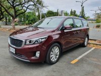 Red Kia Carnival 2017 for sale in Automatic
