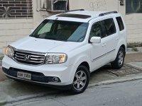 Sell White 2013 Honda Pilot in Manila