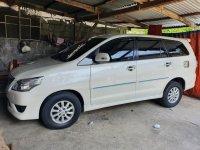 White Toyota Innova 2013 for sale in Quezon
