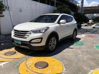 Sell  White 2013 Hyundai Santa Fe in Quezon City