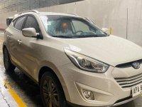 Selling Pearl White Hyundai Tucson 2015 in Quezon City