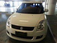 Sell White 2010 Suzuki Swift in Talisay