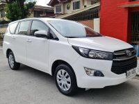 Selling White Toyota Innova 2019 in Quezon