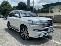 Sell White 2018 Toyota Land Cruiser in Quezon City