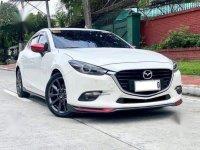 White Mazda 3 2017 for sale in Automatic