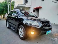 Black Hyundai Santa Fe 2010 for sale in Las Piñas