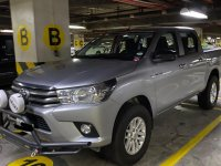 Selling Grey Toyota Hilux 2016 in Las Piñas