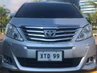 Silver Toyota Alphard 2013 for sale in Automatic