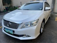 Sell Pearl White 2013 Toyota Camry in Pasig